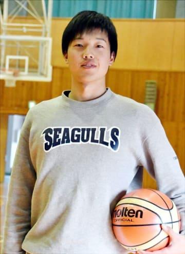 「もっと恐れられる選手になりたい」と成長を誓う西田=海陽町の野江町民体育館