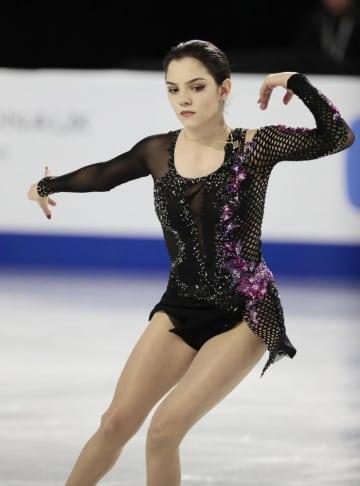 スケートカナダで3位になったメドベージェワ=2018年10月27日、ラバル(共同)