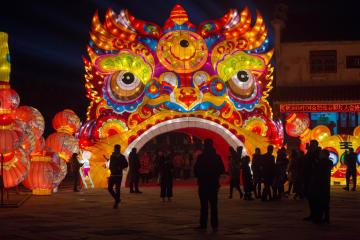 春節迎えるランタンフェスティバルが開幕 安徽省合肥市
