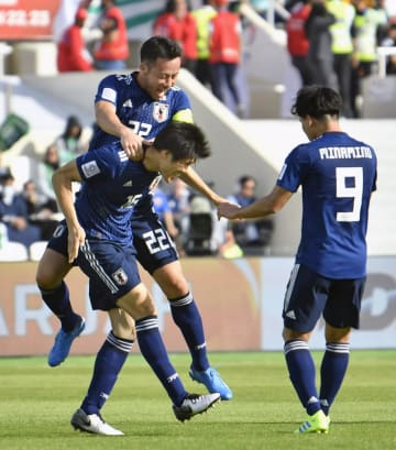 Soccer: Japan beat Saudi Arabia 1-0, reach Asian Cup quarterfinals