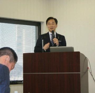 植木氏リーダーシップ論熱弁 北九州港振興協会主催のセミナーで講演