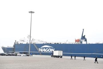 高雄発の海上貨物輸送直行航路の第1便、平潭に到着