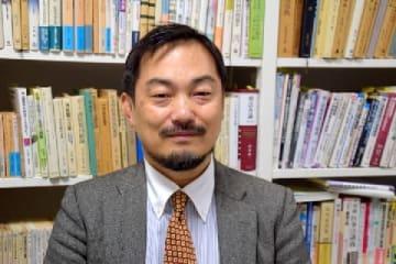長谷川利夫教授