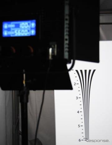 テュフ ラインランドが提供する、トラック・バス向け車載用カメラモニターシステムの試験