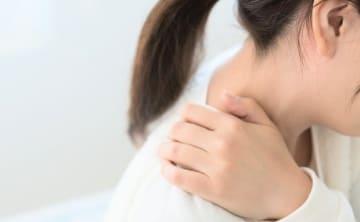 産後にコリ悪化、8割以上!コリや疲れを感じるシーン1位は…?!