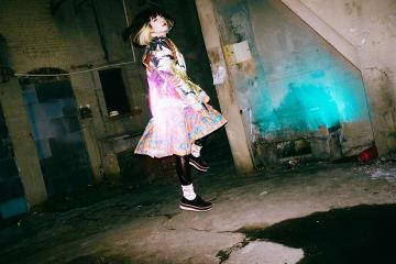 majiko、本日発売のEP『COLOR』より、「狂おしいほど僕には美しい」のMVのフル尺を公開。テレビ東京系「ゴッドタン」2月期エンディングテーマに決定