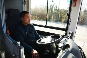 自動運転車の路上走行テスト開始 山東省済南市