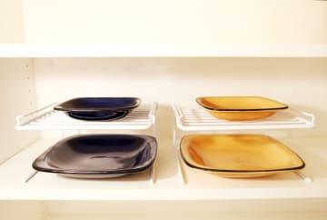 お皿が取り出しやすい!美容家・芝本裕子が愛用する「家事のお助けアイテム」5選