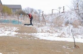 冬期間の練習に活用されている屋外パークゴルフ場