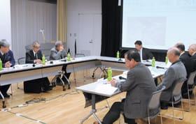気門別川水系河川整備計画の策定に向け審議した第2回流域懇談会
