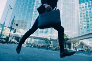 12月1日現在の大卒就職内定率、過去最高の87.9%