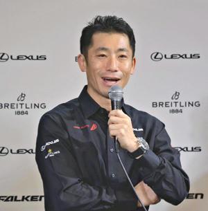室屋選手「福島の応援感じて飛ぶ」 エアレース王座奪還へ決意