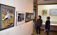 和気で洋画と写真の団体が合同展