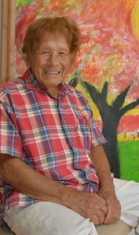 宮崎の弥勒祐徳さん「100歳展」 独学で始めた画家人生 初期からの100点超を展示