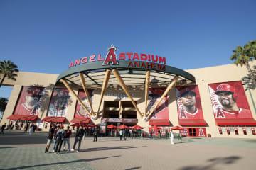 エンゼルスの本拠地、エンゼルスタジアム=アナハイム(共同)