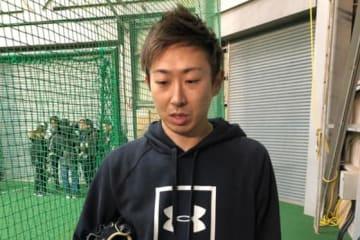 鎌ヶ谷スタジアムで自主トレを行った日本ハム・金子弌大【写真:細野能功】
