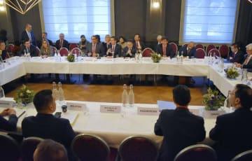 25日、スイス・ダボスで開かれたWTO有志国会合(共同)