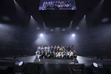 「あんさんぶるスターズ! Starry Stage 2nd ~in 日本武道館~」全体スチール(C)2018 Happy Elements K.K/あんスタ!スタステ製作委員会