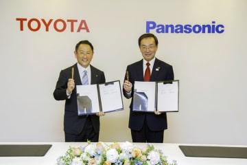2017年12月にトヨタ、パナソニックは角型電池で協業することに合意
