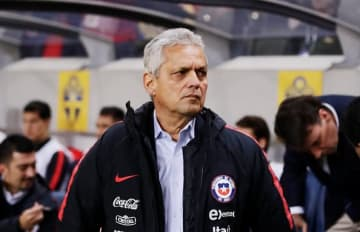 チリ代表を率いるルエダ監督 photo/Getty Images