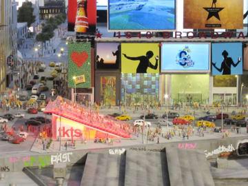 ビルボードが特徴的なタイムズ・スクエア(Photo by YOMITIME)