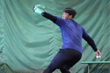 ブルペン投球を行った西武・高橋光成【写真:安藤かなみ】