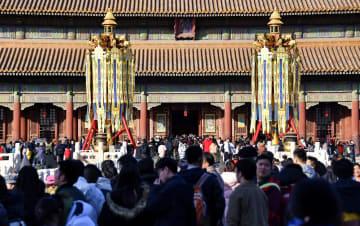 春節の雰囲気が満ちあふれる故宮 北京市