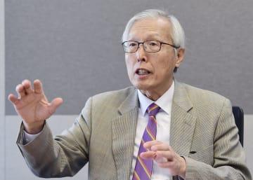 インタビューに応じる韓国の申カク秀元駐日大使=23日、ソウル(共同)