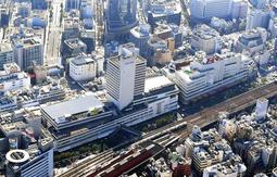 神戸市が再整備に向けた調査に乗り出す「センタープラザ」など3棟の再開発ビル=神戸市中央区