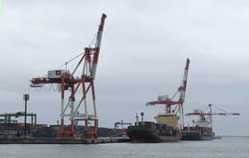 2年連続で輸出入総額が増加した苫小牧港