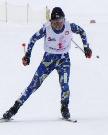 スキー全日本選手権距離で優勝した石田正子=長野県白馬村