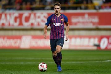 バルセロナでプレイするデニス・スアレス photo/Getty Images