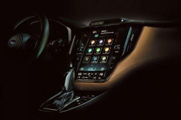 アメリカ仕様のため、スバル・スターリンクなど常時接続、スマートフォン連携などコネクティビティも装備