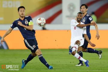 ミスが目立ち日本が前半だけで2失点を喫する