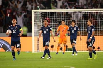 大一番で守備が崩壊した日本代表 photo/Getty Images