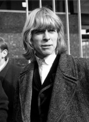 1965年当時のデビッド・ボウイさん=ロンドン(ゲッティ=共同)