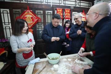 春節を控え、習近平氏は北京で基層幹部や民衆をねぎらう