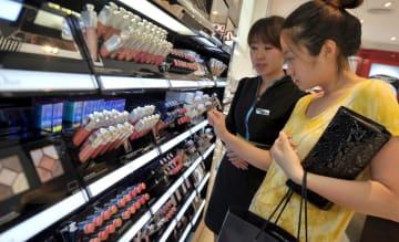 人気の輸入品、大幅な伸び 中国消費の高度化の証し