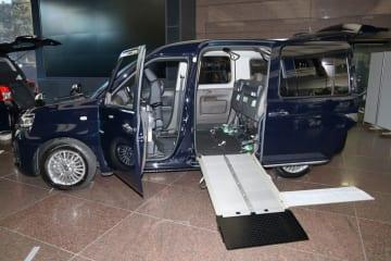 トヨタ JPN TAXIが一部改良[JPN TAXI「車いす乗降の改善 進捗説明」:2019年2月4日/トヨタ自動車東京本社(東京都文京区)]