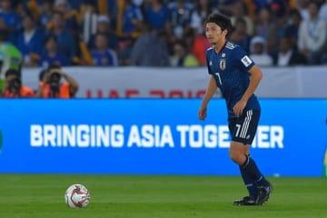 日本代表の司令塔・柴崎 photo/Getty Images
