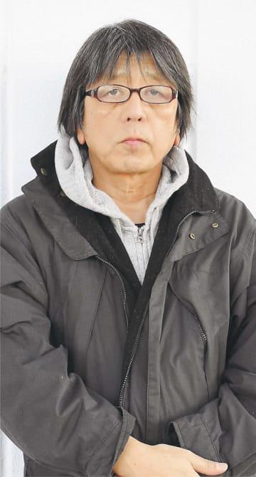 [もり・たつや]1956年広島県呉市生まれ。立教大法学部卒。98年、オウム真理教を追った映画「A」を公開。続編「A2」が山形国際ドキュメンタリー映画祭で特別賞・市民賞を受賞。著書に「すべての戦争は自衛から始まる」など。