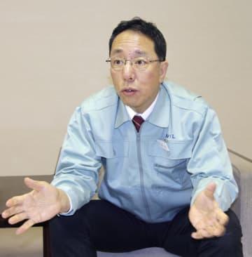 インタビューに応じる日本原燃の増田尚宏社長