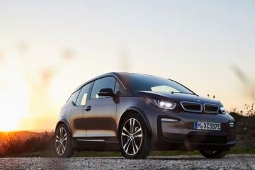 BMW電気自動車「BMW i3新型バッテリー(120Ah)」を発売