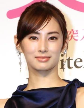 連続ドラマ「家売るオンナの逆襲」に出演する北川景子さん