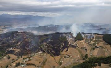 ニュージーランドの山火事、延焼続く