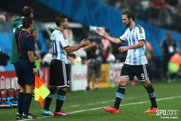 アルゼンチン人ストライカー対決が実現