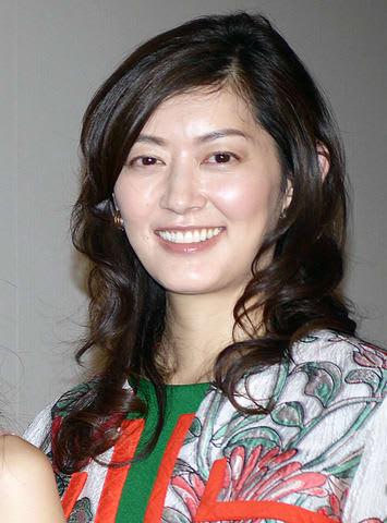 映画「笑顔の向こうに」の完成披露上映会に出席した佐藤藍子さん