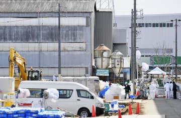 防疫作業などが続く愛知県豊田市の養豚場=8日午後