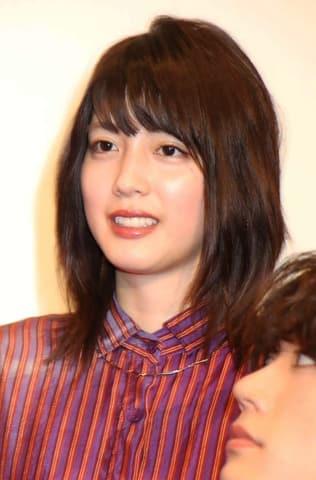 映画「BACK STREET GIRLS-ゴクドルズ-」の公開記念舞台あいさつに登場した松田るかさん