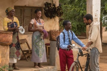 「風をつかまえた少年」 The Boy Who Harnessed The Wind. Chiwetel Ejiofor / 2018 / 113 min. Photo Courtesy: New York Int'l Children's Film Festival